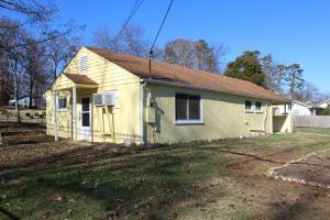 2808 NW Glenpark Rd, Knoxville TN 37921