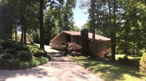 121 W Hills Ct, Harriman, TN