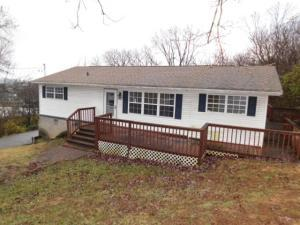 1904 Sanderson Rd, Knoxville TN 37921