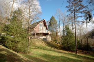 3639 Birds Creek Rd, Sevierville, TN