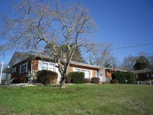 308 Maple St, Clinton TN 37716