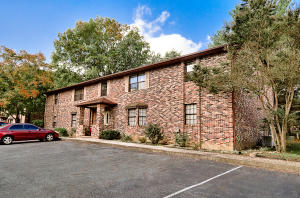 810 Highland Dr #APT 604, Knoxville, TN