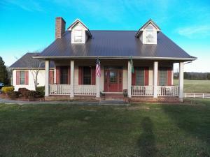 1651 Grove St, Loudon, TN