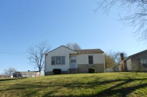 906 E Elm St, La Follette TN 37766