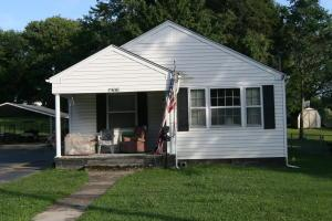 2306 Edgewood Ave, Knoxville TN 37917
