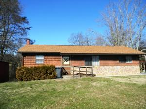 1314 Hilltop Rd, Dandridge, TN