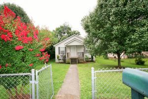 1916 NW Connecticut Ave, Knoxville TN 37921