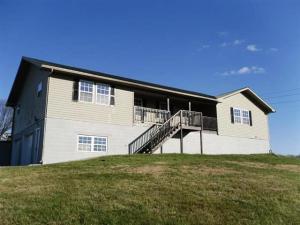 2098 Oakland Rd, Sweetwater, TN