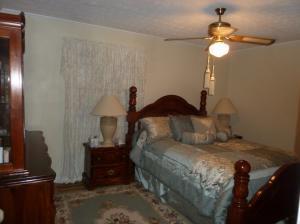 9208 Burchfield Dr, Oak Ridge, TN