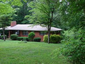 3523 Raines Ln, Knoxville TN 37920