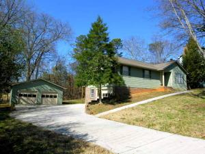 1102 Buxton Dr, Knoxville, TN