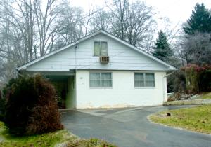 111 Morris Ln, Oak Ridge, TN