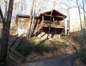 1136 Powdermill Rd, Gatlinburg, TN