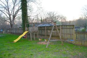 142 Oak Rd, Norris TN 37828
