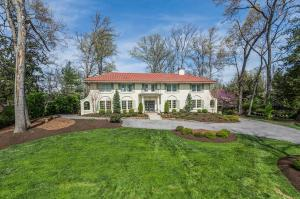 951 Scenic Dr, Knoxville TN 37919