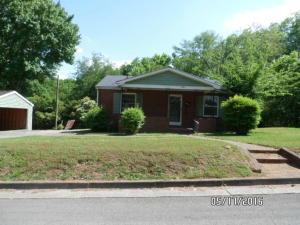 1203 W Morris St, Sweetwater, TN