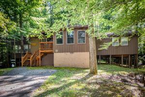 169 Sequoyah Village Rd, Townsend, TN