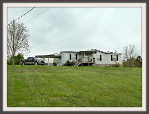 1199 Evans Ln, Dandridge TN 37725