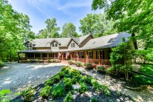 143 Indian Creek Tr, Townsend, TN