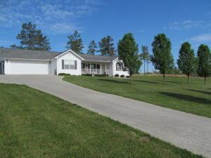 223 County Road 299, Sweetwater, TN