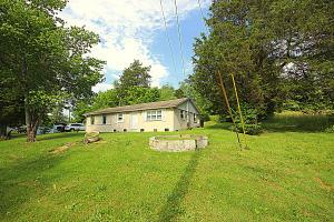 7716 Gibbs Rd, Corryton, TN