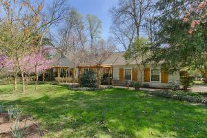 410 W Hillvale Turn, Knoxville, TN
