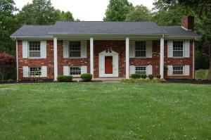 316 Essex Dr, Knoxville TN