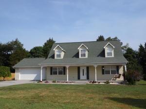 149 Clover Cir, Jacksboro TN