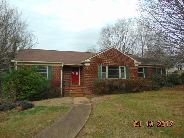 128 S Maple StMaryville, TN 37803