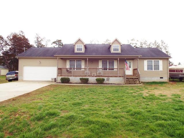 453 Clover CirJacksboro, TN 37757