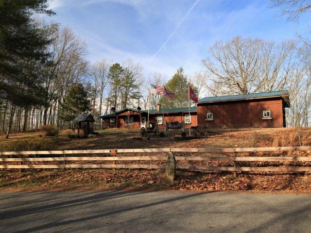 420 Pond Ridge RdTellico Plains, TN 37385