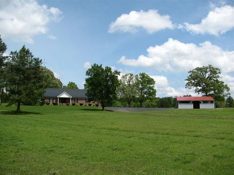 10274 Finger Leapwood Rd, Bethel Springs, TN 38315