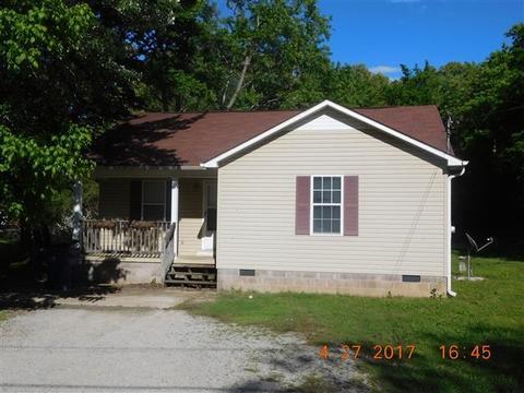 124 Harwood St, Adamsville, TN 38310