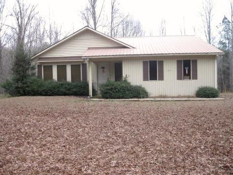 3941 Leapwood Enville Rd, Adamsville, TN 38310
