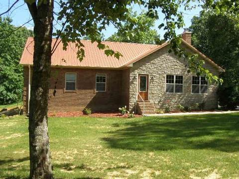 565 Short Rd, Adamsville, TN 38310