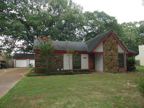 1190 Simmons Ridge Dr, Collierville, TN 38017