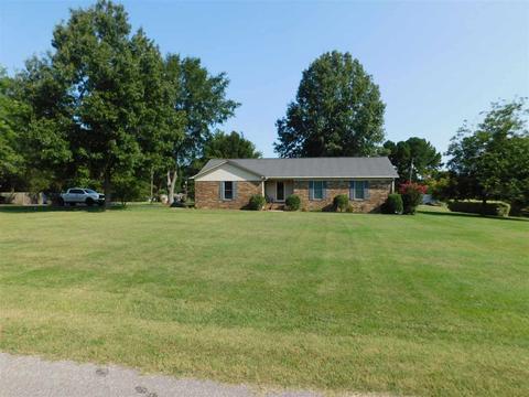 606 Duren Dr, Adamsville, TN 38310