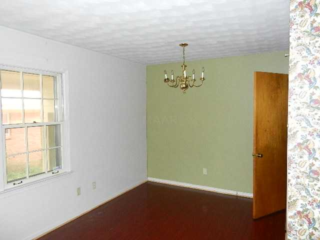 3481 W Deerwood St, Memphis TN 38111
