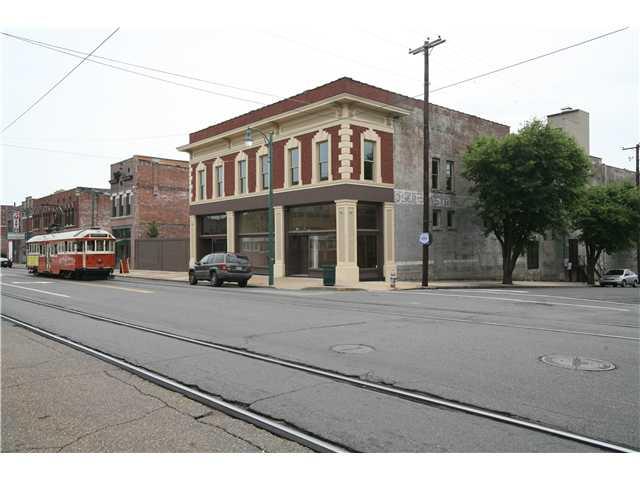 400 S Main St, Memphis, TN