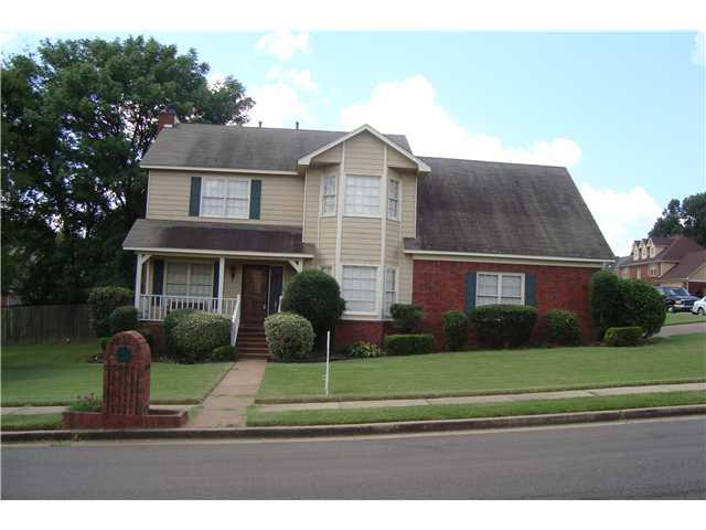 7391 Hunters Tree Dr, Memphis TN 38125