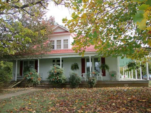 390 Freewill Ln, Savannah TN 38372