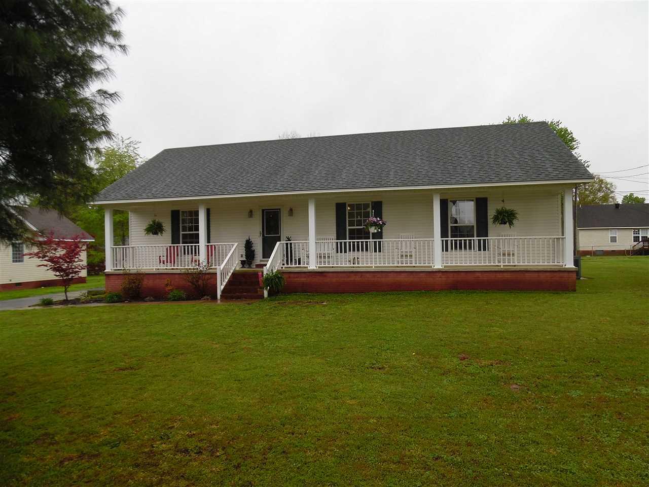 165 Greenwood Ave, Savannah, TN
