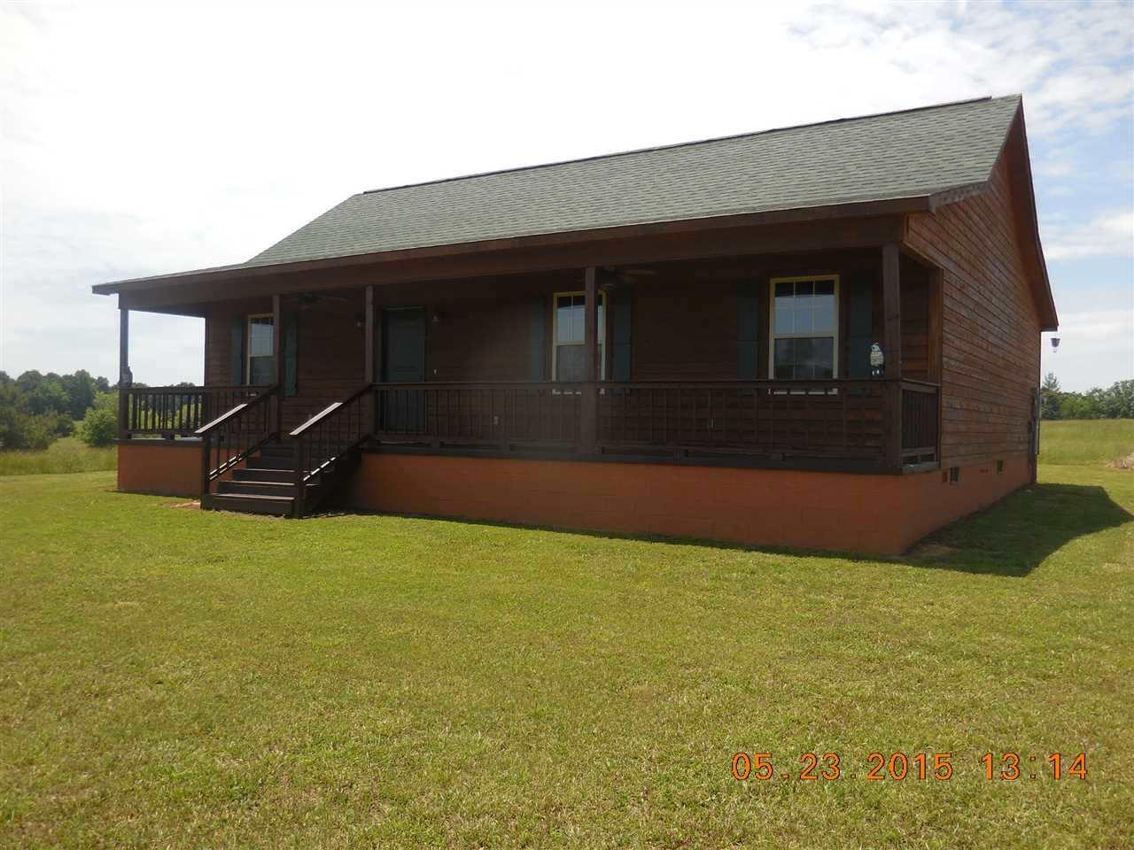 1176 Weeks Rd, Bethel Springs, TN