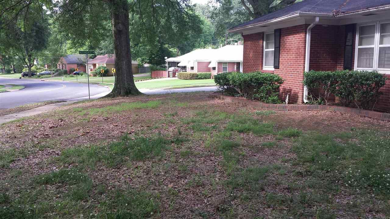 1050 Robin Hood Ln, Memphis, TN