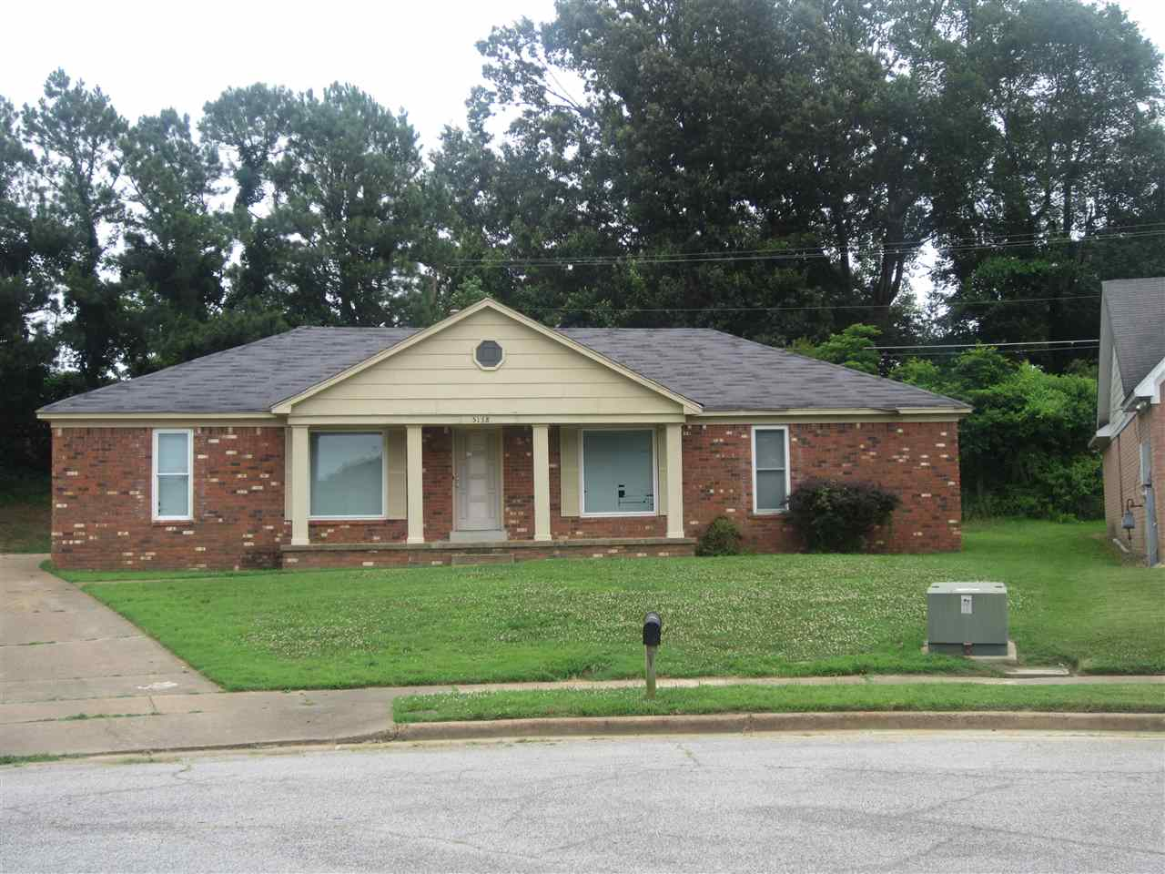5158 Ronhart St, Memphis, TN