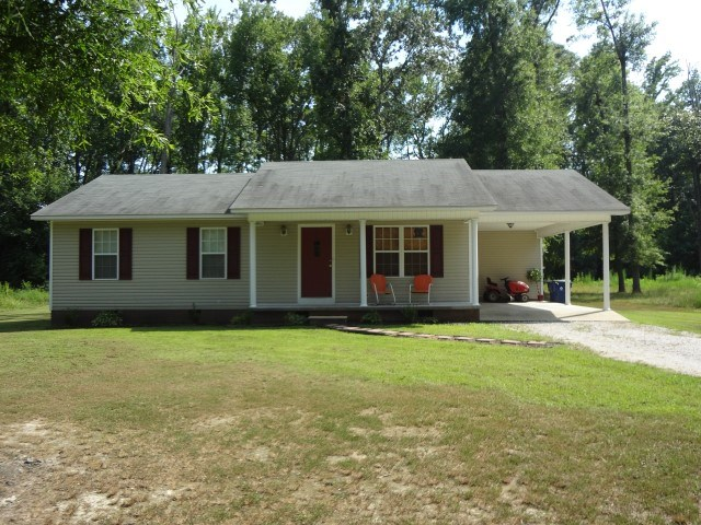 380 Austin St, Savannah, TN