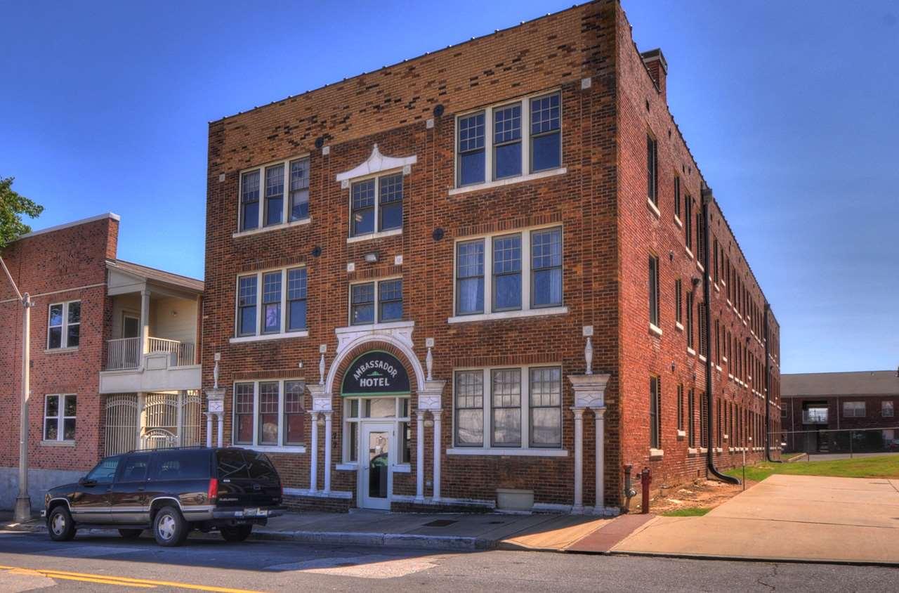 77 Vance Ave #APT 205, Memphis, TN