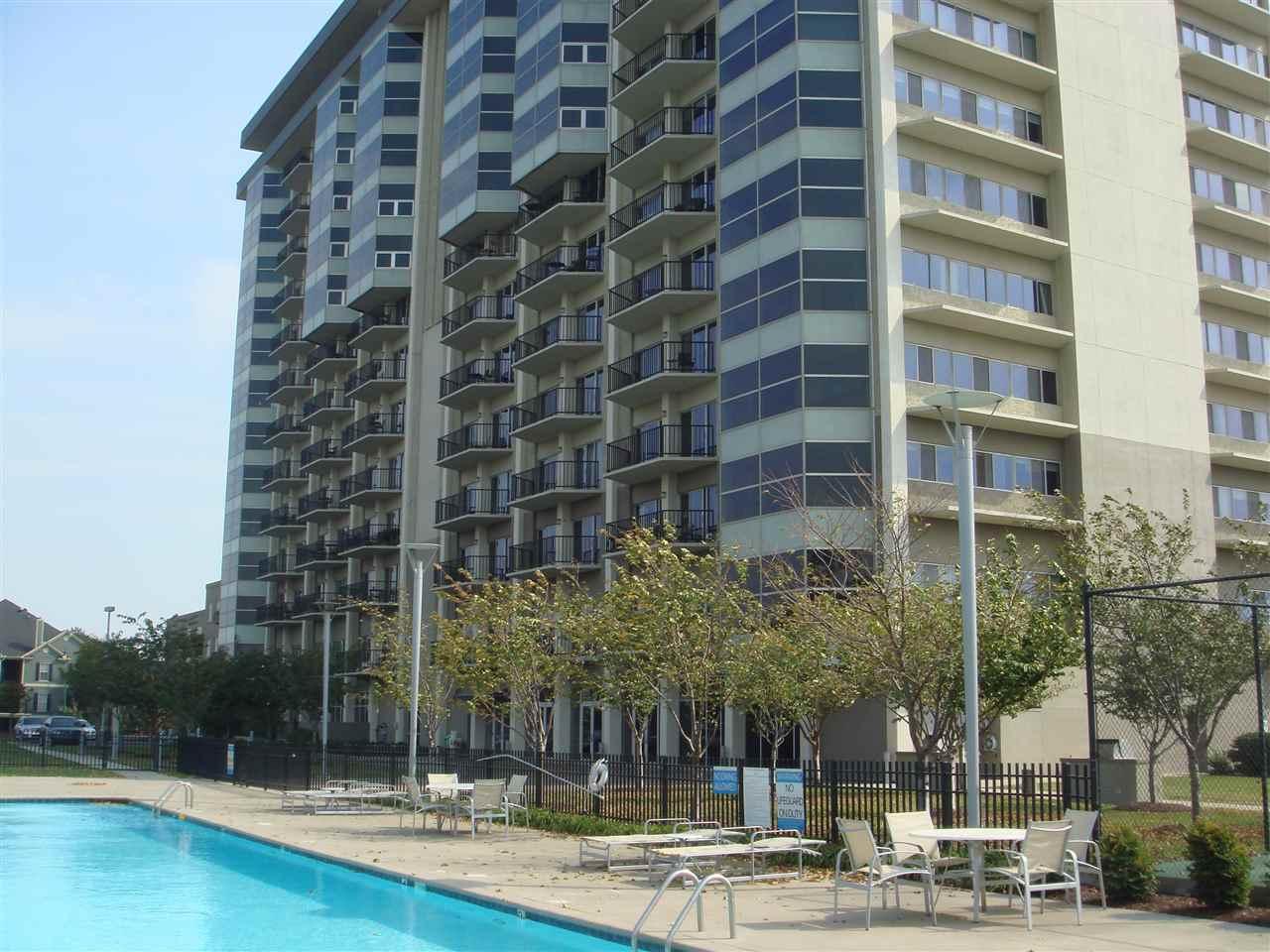 655 Riverside Dr #APT 401, Memphis, TN