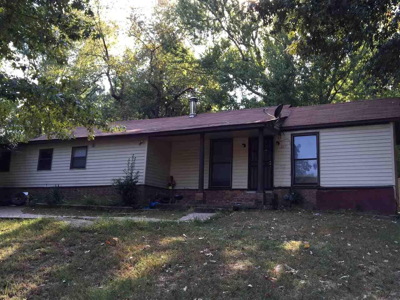 2891 Vine Ave, Memphis, TN