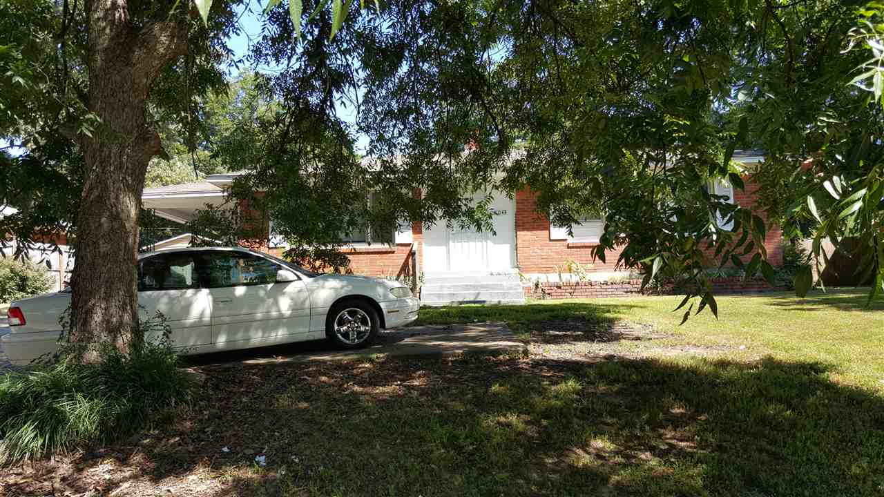 4044 Graceland Dr, Memphis, TN